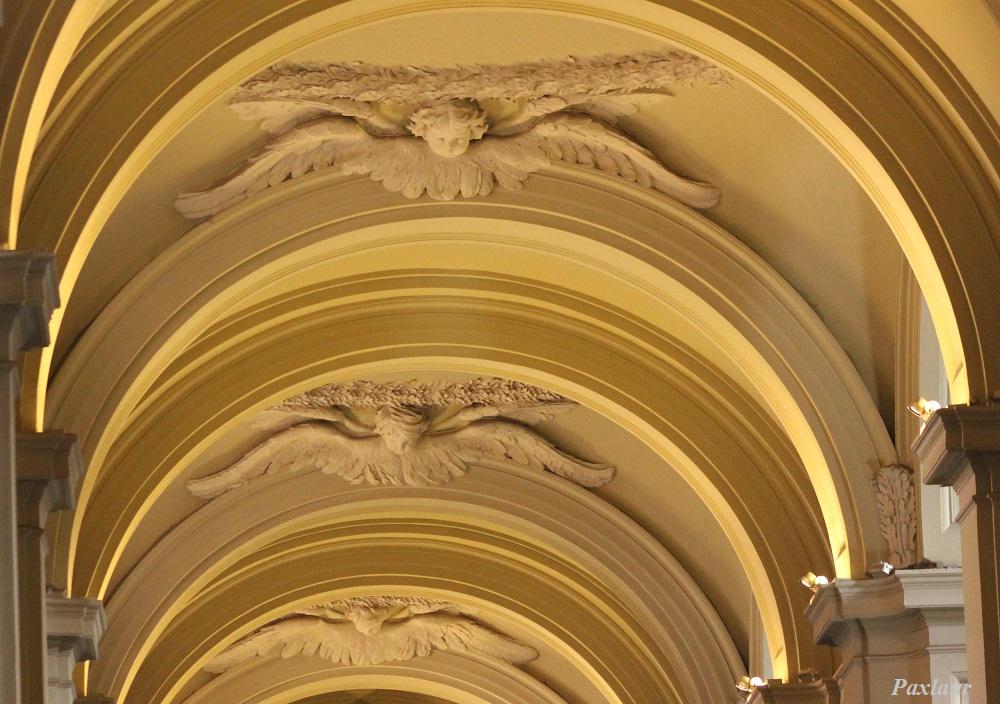 Ingerii din Bazilica San Giovanni