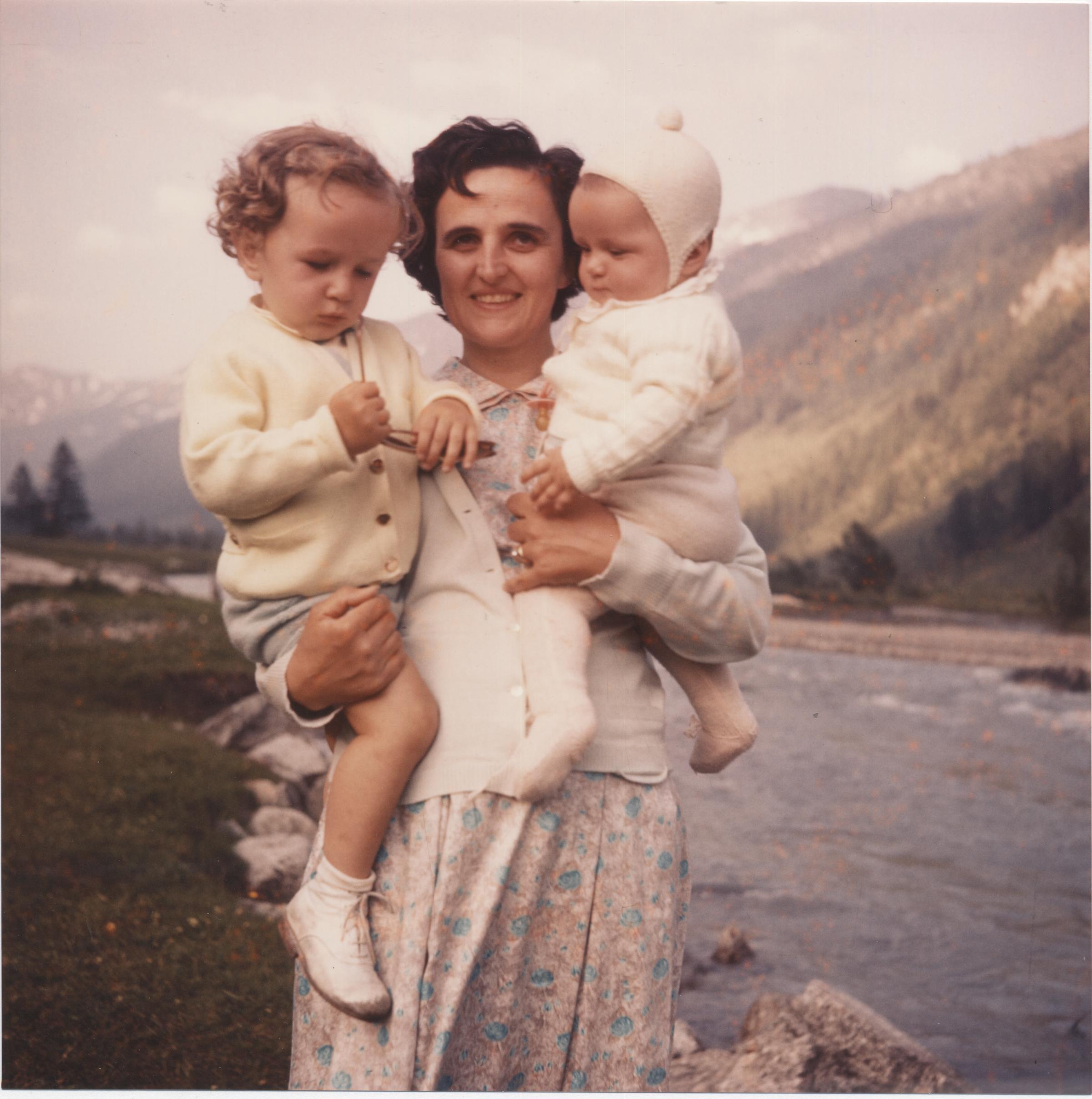 Con_Mariolina_e_Pierluigi_Val_Veny_settembre_1958