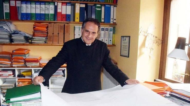 Preotul muncitor