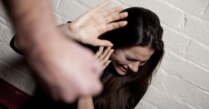 violenta asupra femeilor