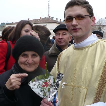 Sfanta Liturghie de hirotonire intru diaconat_bunica mea