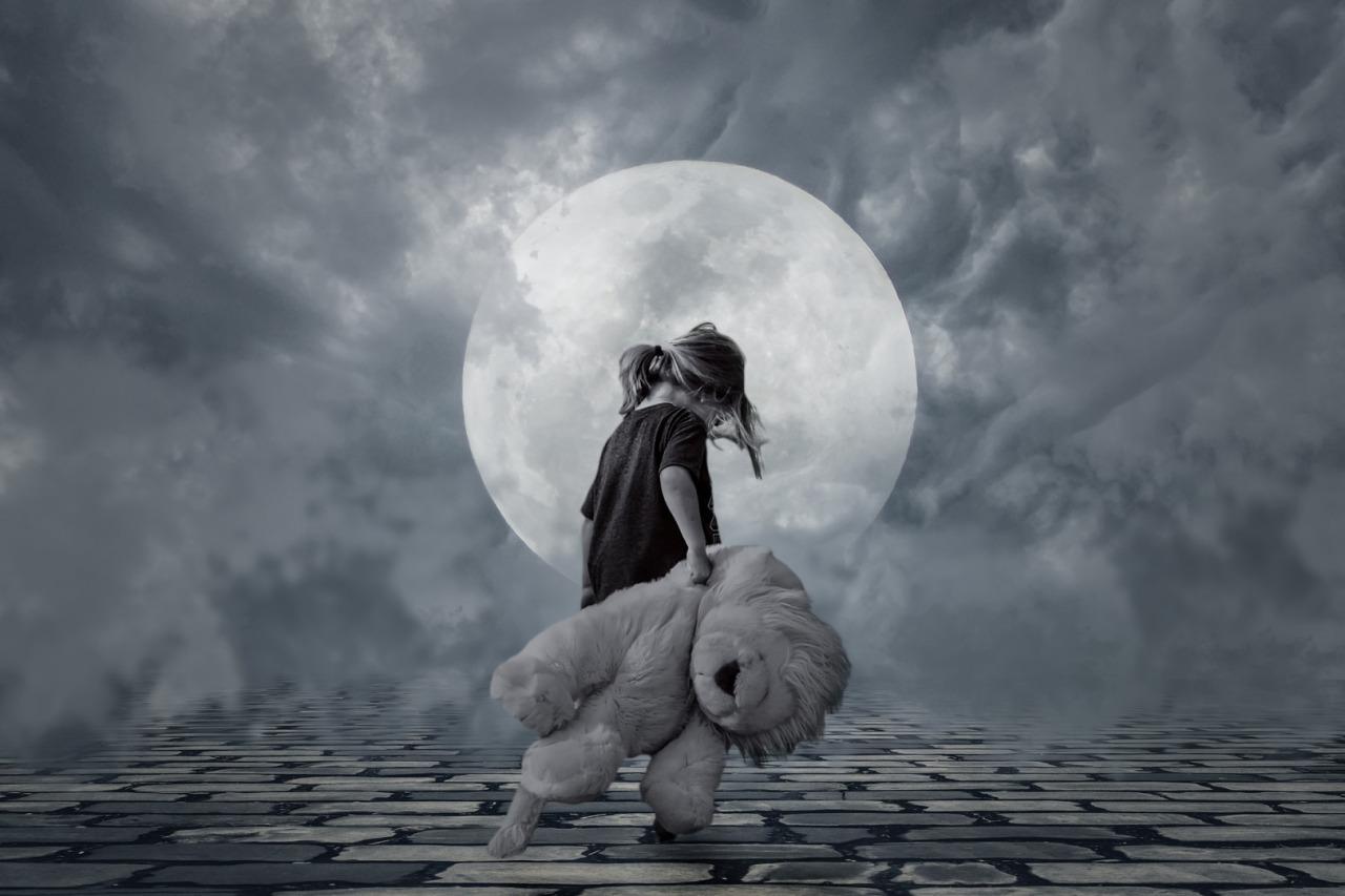 binele raul noaptea singuratatea