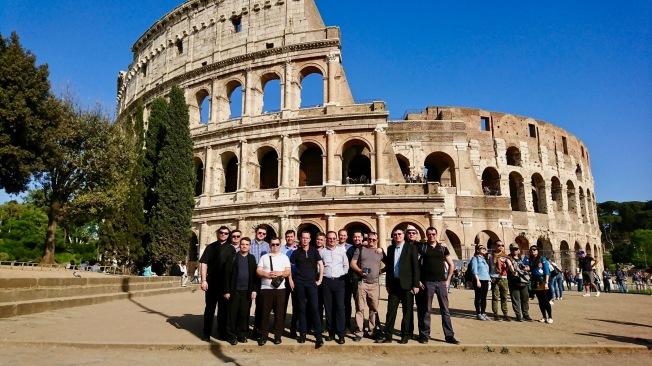 intalnirea de serie Roma colosseum