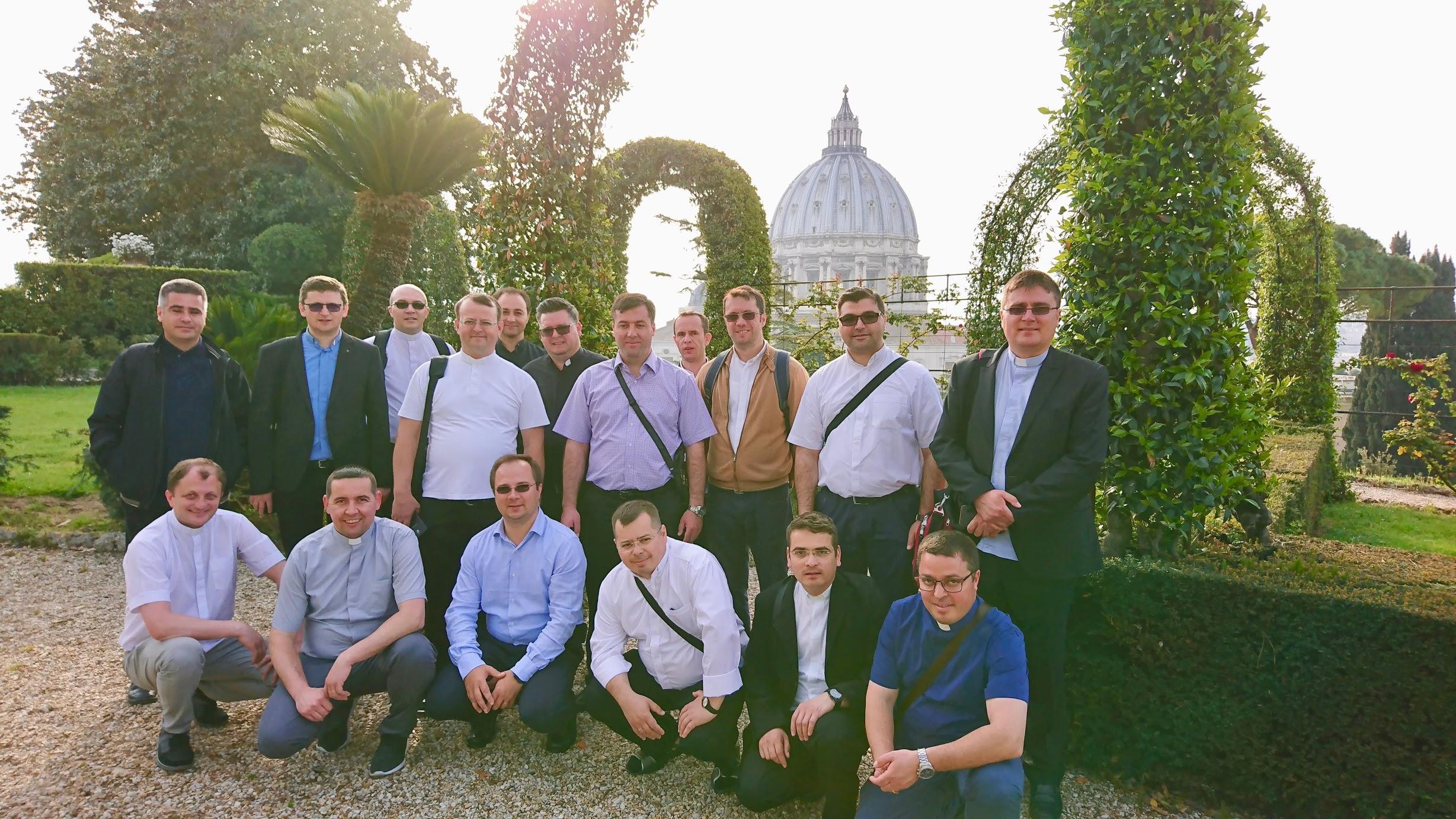 intalnirea de serie Roma gradinile vaticanului