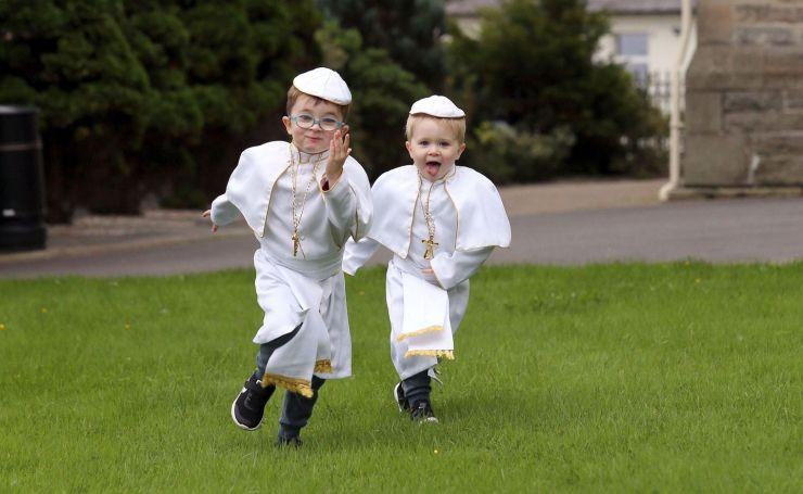 irlanda il asteapta pe papa Francisc