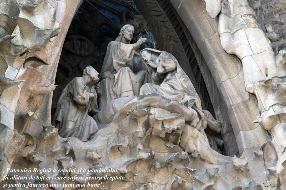 Sagrada Familia incoronarea fec mariei