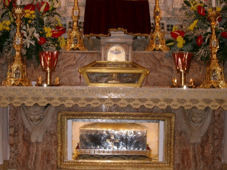 Sfantul Augustin urna mormant Pavia
