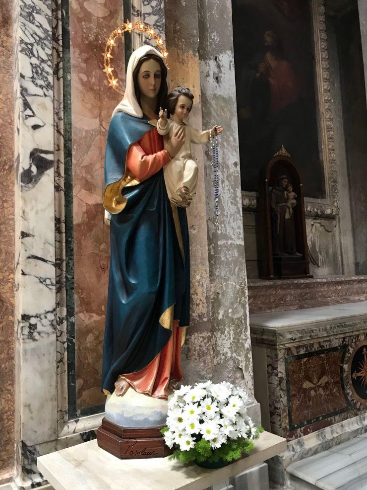 Sfanta Fecioara Maria cu pruncul Isus in Roma