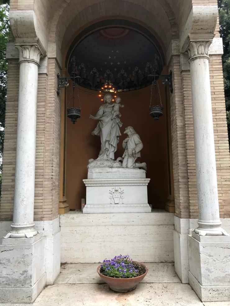 Sfanta Fecioara Maria Gradinile Vaticanului 1