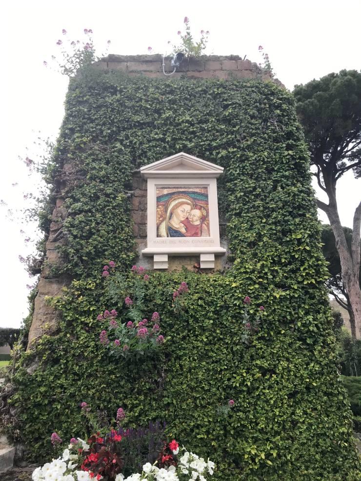 Sfanta Fecioara Maria Gradinile Vaticanului 3