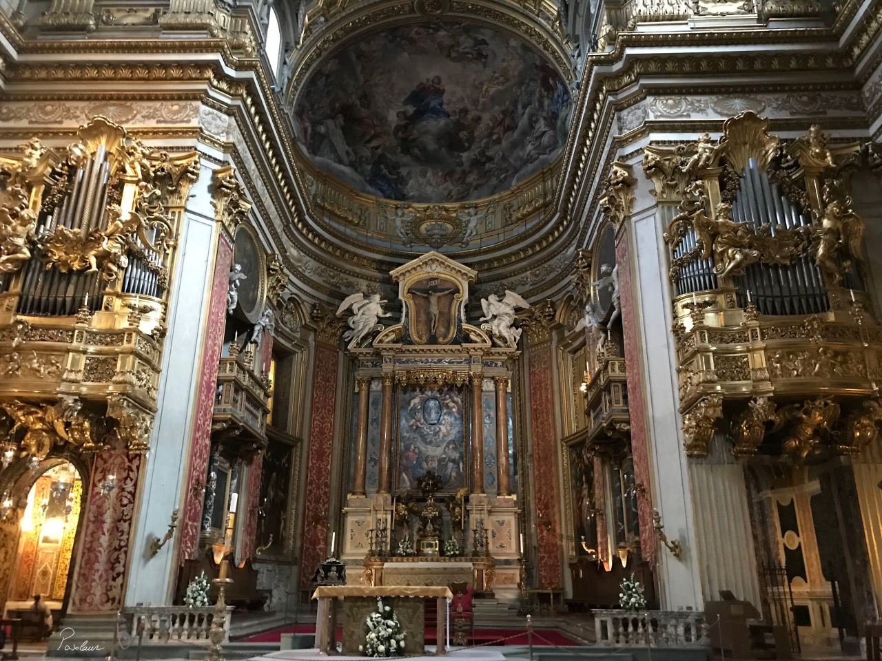 Chiesa Nuova_Roma_Cruce_Arta_Altar