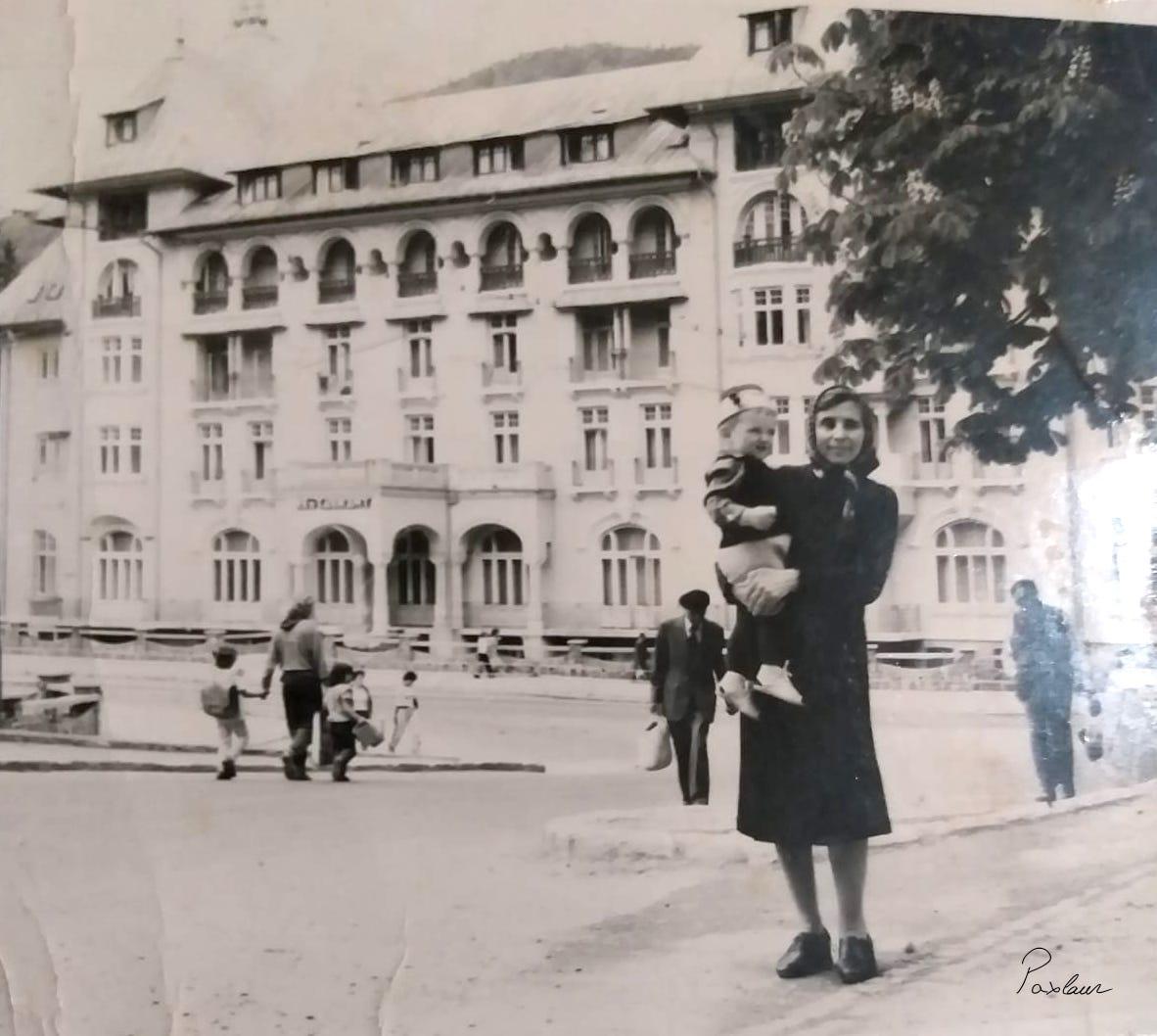 Sinaia_amintiri din copilarie Bunica si nepotul
